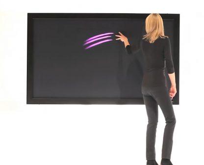84'' Multi Touch Screen IR Premium, Live 01